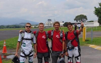 Costa Rica gana el primer lugar en Campeonato de Paracaidismo